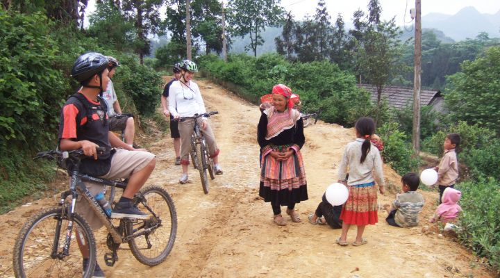 BIKE Hike Kayak Vietnam BikeHike Lead Image1